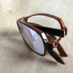 折り畳み式老眼鏡 (キャリー リーディンググラス)